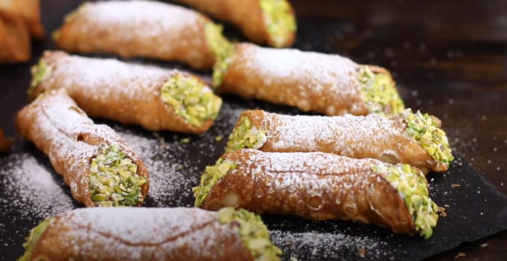 Sisilialainen cannoli